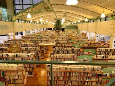 伊万里市民図書館.jpg