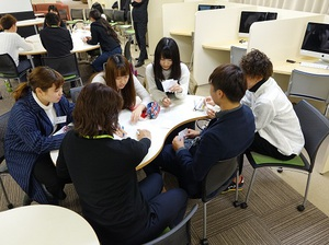 座談会2 (1).JPG