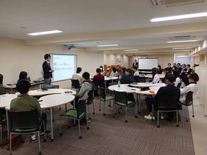 座談会2 (2).JPG