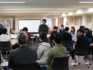 座談会4.JPG