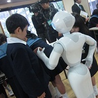 SoftBankグループ・Pepperを使ったソーシャルチャレンジ 第1回認知症サポーター養成講座・プログラミング教室を開催しました